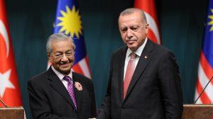أردوغان ومهاتير محمد | صورة من الإنترنت