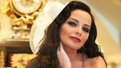 Photo of فنانة سورية موالية لنظام الأسد تُعلن إصابتها بمرضٍ نفسي (شاهد)