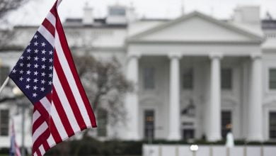 "Photo of مسؤول أمريكي يكشف عن خطة تعمل عليها ""الولايات المتحدة"" في سوريا منذ أشهر ويؤكد أن الأسد بمرحلة الانهيار"