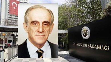 """Photo of توفي بفيروس كورونا .. الخارجية التركية تنعي وفاة وزيرها الأسبق """" علي بوزر"""""""