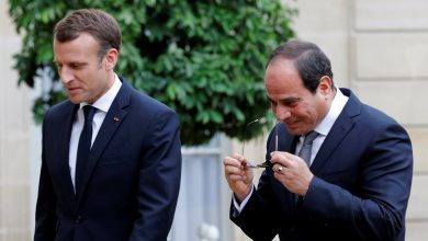 "Photo of كورونا يصـ.ـيب الرئيس الفرنسي ""إيمانويل ماكرون"" .. والسيسي يتمنى له ""الشفاء العاجل"" عبر تويتر"