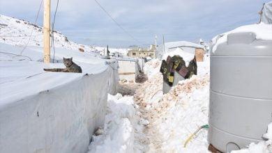 Photo of الثلوج تزيد معانـ.ـاة النـ.ـازحين شمالي سوريا .. وفعاليات مدنية تبدأ حملة لإنقاذهم